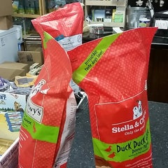 Photo taken at Global Pet Food Outlet by Taneshia C. on 11/5/2014