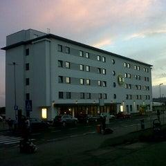 Photo taken at B&B Hotel Frankfurt-Hahn Airport by Torsten S. on 10/16/2012