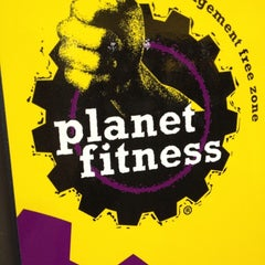 Photo taken at Planet Fitness by Mindy W. on 10/14/2012