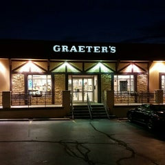 Photo taken at Graeter's Ice Cream by Rick H. on 8/15/2015