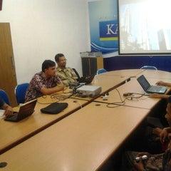 Photo taken at Kabar Priangan by Duddy R. on 12/9/2012