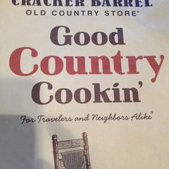 Photo taken at Cracker Barrel Old Country Store by Rose  S. on 7/7/2013