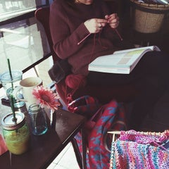 Photo taken at Starbucks by Meredith W. on 3/26/2014