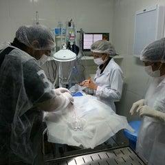 Photo taken at Vetimagem - Centro Veterinário de Diagnósticos e Especialidades by Tarcisio M. on 7/26/2013