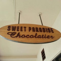 Photo taken at Sweet Paradise Chocolatier by The Maui Darren on 8/20/2013