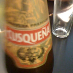 Photo taken at Restaurant De los Reyes by Fërnando P. on 12/5/2012