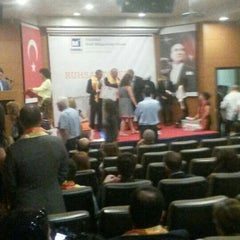 Photo taken at İSMMMO İstanbul Serbest Muhasebeci Mali Müşavirler Odası by Gökhan K. on 10/5/2015