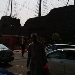 Photo taken at Kompleks Muzium Maritim (Samudera / Flor de La Mar) by Dollah S. on 9/20/2015
