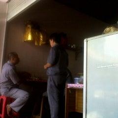 Photo taken at Badan Pusat Statistik Provinsi Bali by King H. on 2/14/2013