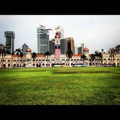 Photo taken at Independence Square (Dataran Merdeka) by William Lye Wei Wern on 9/15/2012