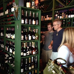 Photo taken at (Vin'tij) Wine Boutique & Bistro by Scott H. on 9/21/2013