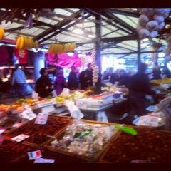 Photo taken at Mercato di Rialto by Matteo P. on 11/3/2012