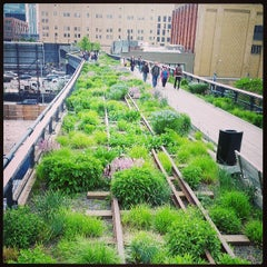 Photo taken at High Line by Jaena Rae on 5/15/2013
