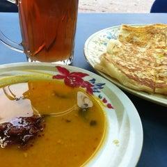 Photo taken at Ampang Jaya Food Court by Mohd N. on 11/3/2012
