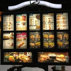 Photo taken at Taco Bell by Patrick I. on 1/20/2013