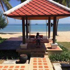 Photo taken at Sirarun resort by Supitcha B. on 12/12/2015