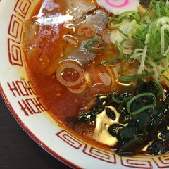 Photo taken at らーめん ぬーぼう二代目店 by kozo i. on 8/15/2015