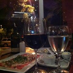 Photo taken at Unique Bar e Restaurante by Bruna F. on 7/4/2013