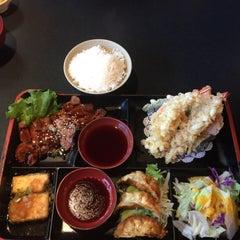 Photo taken at Yuki Japanese Restaurant by Jules K. on 8/22/2015