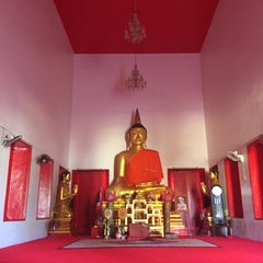 Photo taken at วัดพุทธมงคลนิมิตร (Wat Buddhamongkolnimit) by Pavel S. on 12/27/2015