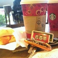 Photo taken at Starbucks by Robin B. on 11/16/2013