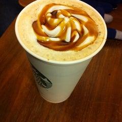 Photo taken at Starbucks by Vishal V. on 1/9/2014