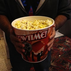 Photo taken at Simi Valley 10 Discount Cinemas by Roxanna H. on 11/13/2012