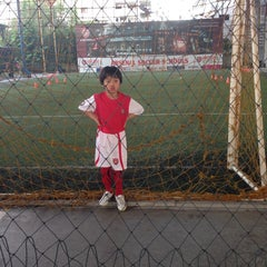 Photo taken at Arsenal Soccer Schools by Candi P. on 11/26/2014