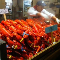 Photo taken at Lobster Place by Reinaldo D. on 11/24/2012
