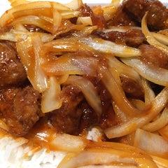 Photo taken at HoWong Restaurant 好旺 by Matthew on 11/3/2014