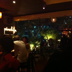 Photo taken at Pinchos by Miimo L. on 4/21/2012