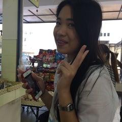 Photo taken at โรงอาหารคณะบริหารธุรกิจ (ACC-BA Cafeteria) by Gubgib W. on 11/18/2015