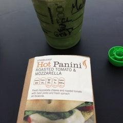Photo taken at Starbucks by Melissa on 10/14/2012