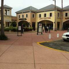 Photo taken at Ellenton Premium Outlets by Marcelo A. on 1/22/2013