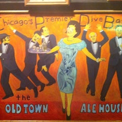 Photo taken at Old Town Ale House by Sima D. on 9/25/2012