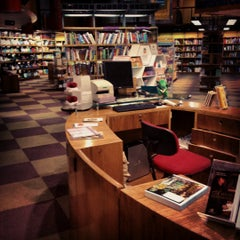 Photo taken at Livraria Cultura by Renato X. on 9/25/2012