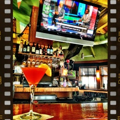 Photo taken at Bar Louie Easton by Christina on 3/28/2013
