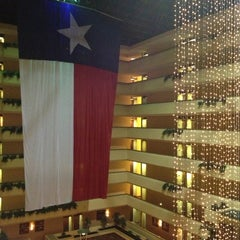 Photo taken at Holiday Inn Hotel & Suites Beaumont-Plaza (I-10 & Walden) by Sherry P. on 10/15/2012