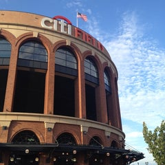 Photo taken at Citi Field by Sissy S. on 7/24/2013