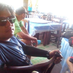 Photo taken at Phi Phi Banyan Villas by แมนสรวง แ. on 11/22/2012