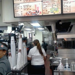 Photo taken at Burger King® by Lady L. on 3/23/2013