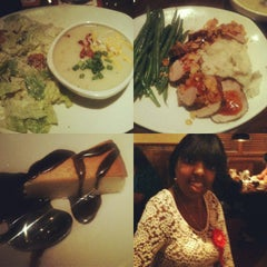Photo taken at Outback Steakhouse by Shanti R. on 10/13/2012