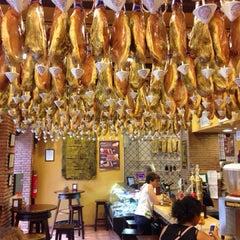 Photo taken at Restaurante La Cueva by Pedro Jesus L. on 7/12/2013