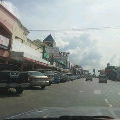 Photo taken at ศูนย์บริการทางหลวง ขาเข้า (Motorway Service Center - Inbound) by MamMinMin P. on 11/22/2012