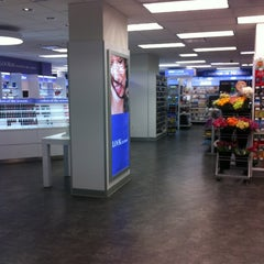 Photo taken at Duane Reade by Graham H. on 2/24/2013