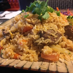 Photo taken at Best Thai Cuisine by AirMag K. on 11/23/2015
