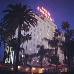 Photo taken at The Hollywood Roosevelt by James D. on 3/10/2013