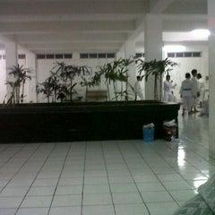 Photo taken at STMIK AMIKOM Yogyakarta by Rendy Y. on 9/25/2012