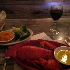 Photo taken at Seawitch Restaurant & Oyster Bar by Lynn I. on 11/21/2013