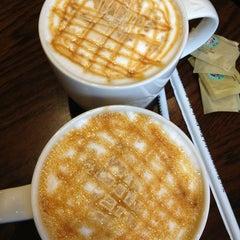 Photo taken at Starbucks by Keksz N. on 3/15/2013